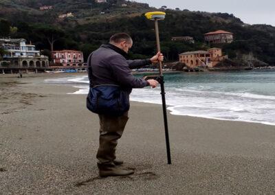 Rilievo multitemporale per la valutazione dell'evoluzione della spiaggia emersa con GNSS e Drone